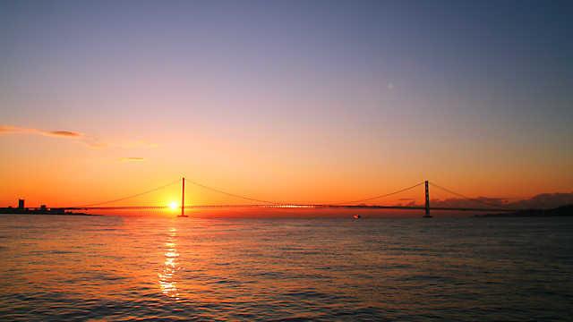 初日の出 明石海峡大橋