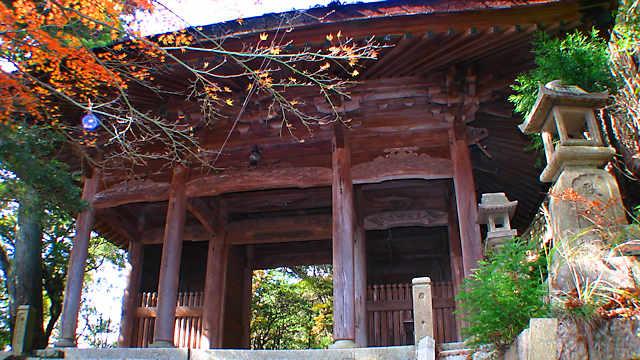 摩耶山史跡公園に残された山門跡