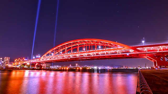神戸大橋のライトアップ夜景