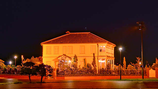 みなと異人館のライトアップ夜景