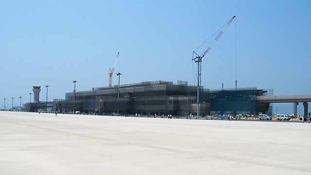 神戸空港「建設中のターミナルビル」
