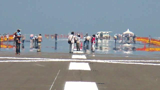 神戸空港「滑走路の見学会」