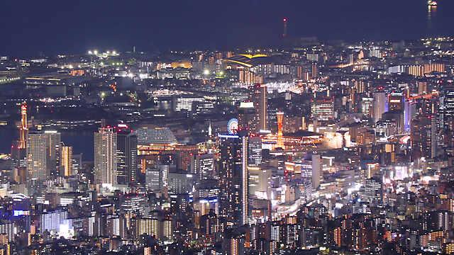 六甲山天覧台から見る三宮の夜景