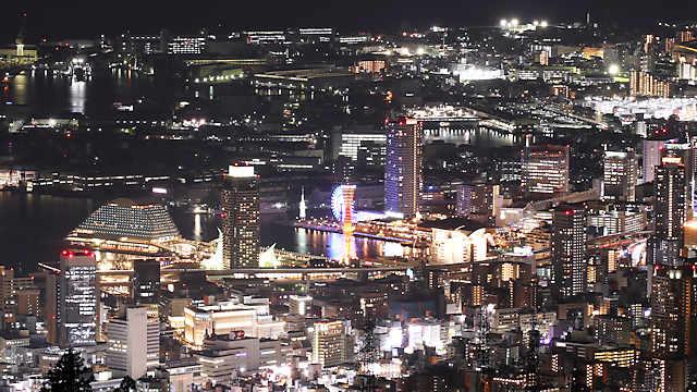 摩耶山掬星台から見るハーバーランドとメリケンパークの夜景