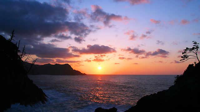 岡見公園「日本海に沈む夕日」
