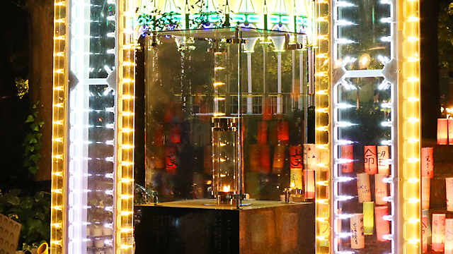 「1・17希望の灯り」と神戸ルミナリエのイルミネーション