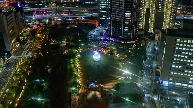神戸市役所の展望フロアから見た神戸ルミナリエ