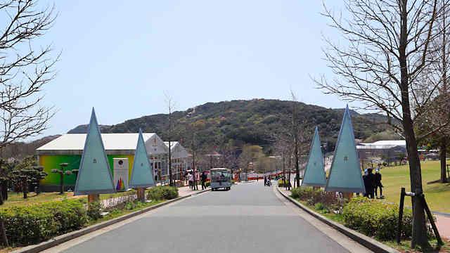 淡路島公園・ニジゲンノモリの入り口