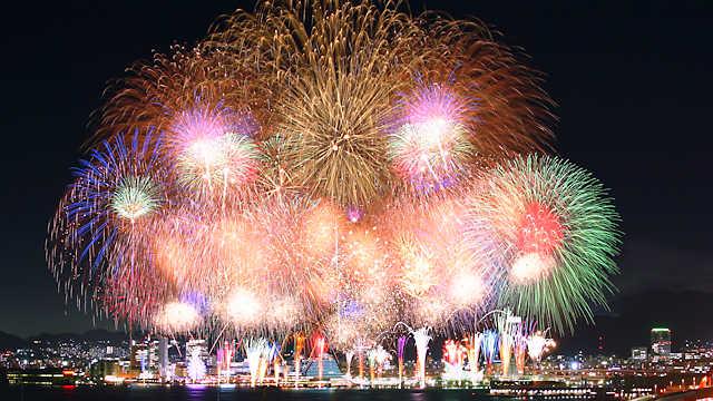 「#花火駅伝」自粛期間中に全国に笑顔を届ける花火大会