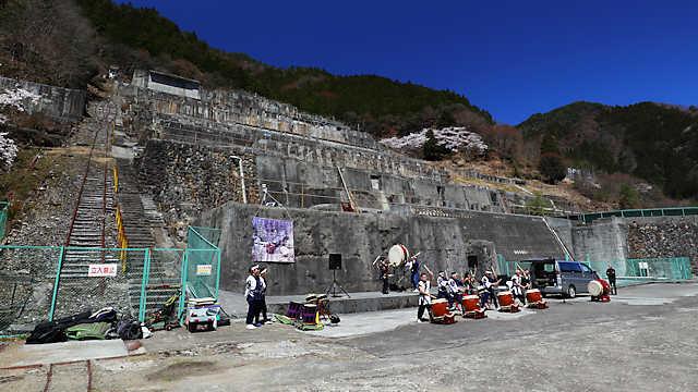 明延鉱山・神子畑選鉱場跡の桜の壁紙写真・画像