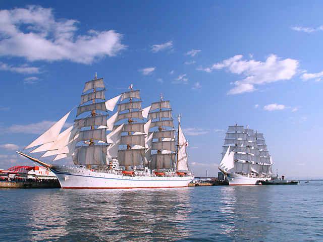 帆船 日本丸と海王丸