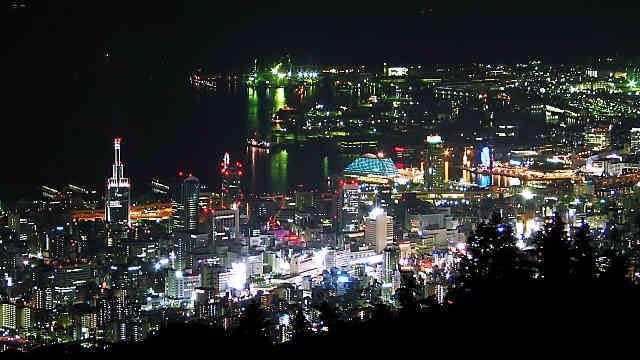 摩耶山掬星台と神戸1000万ドルの夜景