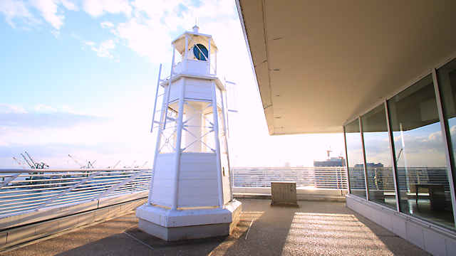 メリケンパークオリエンタルホテルの灯台